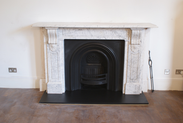 Victorian panelled corbel surround