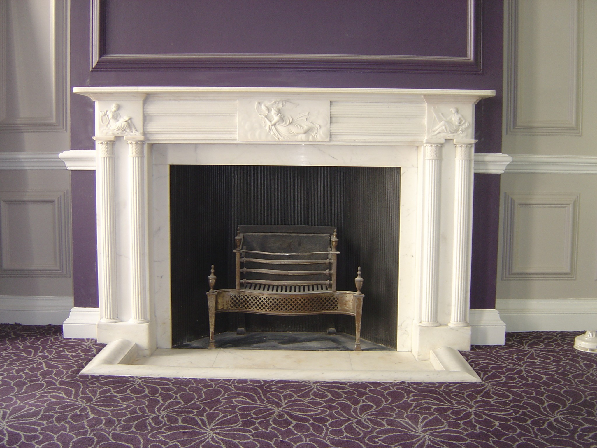 Antique, Restored & Reproduction Fireplaces London